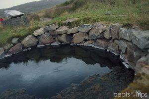 Poza geotermal Islandia Alojamiento Islandia Fiordos oeste hotel Laugarholl dormir barato Islandia