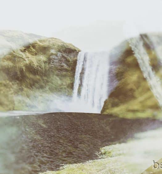 Cascada Skogafoss en Islandia
