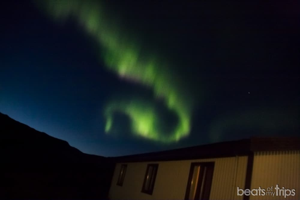 Aurora Boreal Snjofell guesthouse Alojamiento lowcost Islandia Snaefellsjokull hostel lowcost