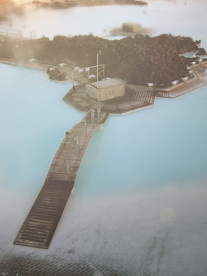 Blue Lagoon laguna azul Islandia piscina geotermal barro blanco silice que ver