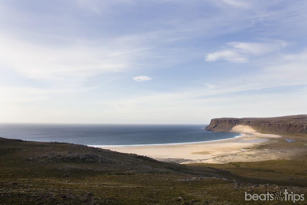 Breidavik playa arena dorada