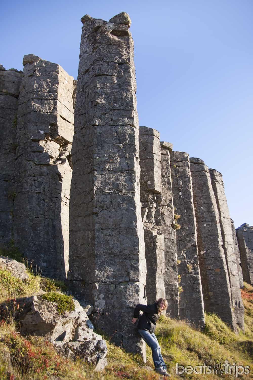 Gerduberg basalto columnas viajar a Islandia cómo moverte por Islandia blog de viajes