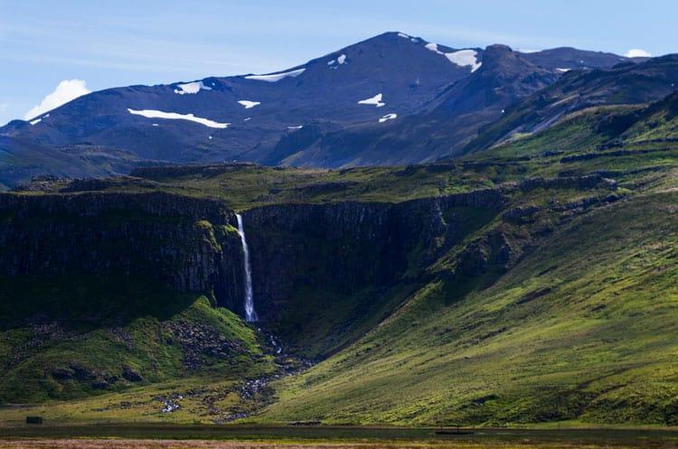 Cascada Grundarfoss peninsula Snaefellsnes que ver Islandia