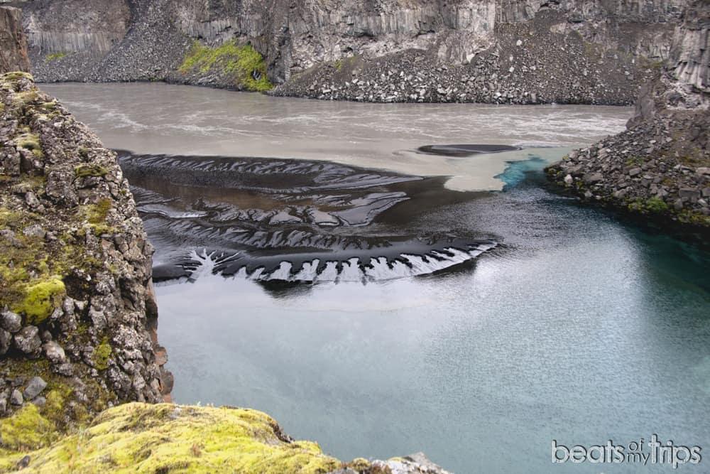 Cala turquesa cerca de Hafragilsfoss