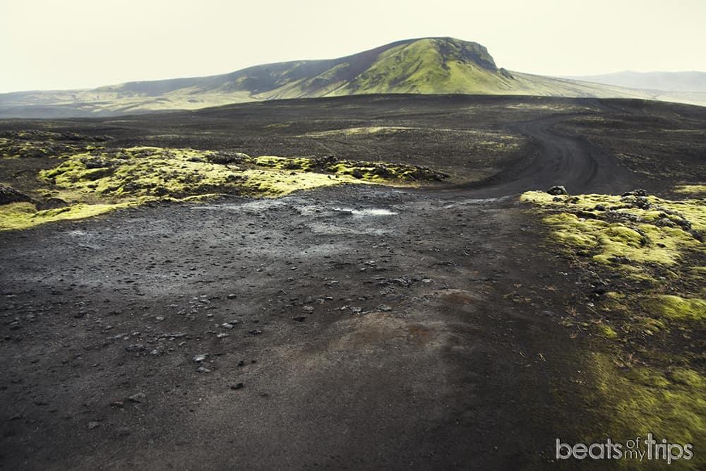 Carreteras de montaña F208 Highlands Tierras Altas como llegar Landmannalaugar Guia Islandia alquiler campervan 4x4