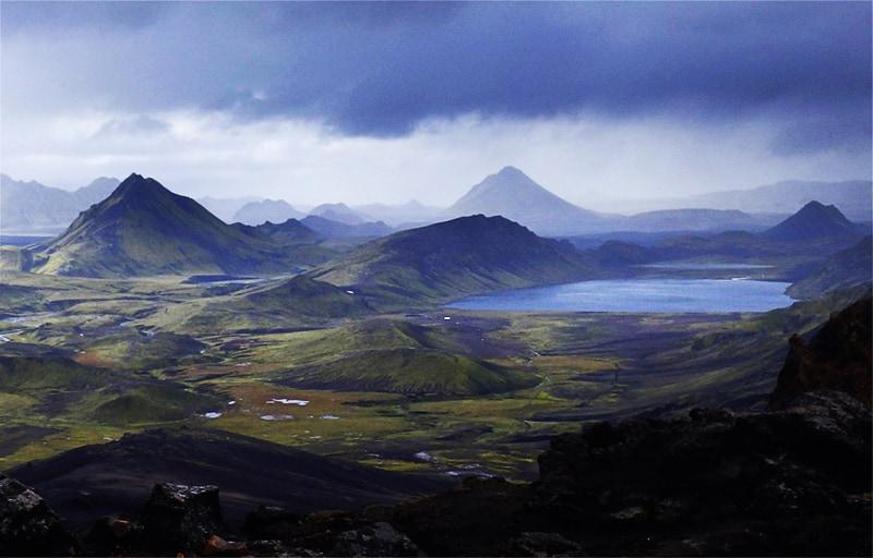 Laugavegur trekking Landmannalaugar highlands Islandia