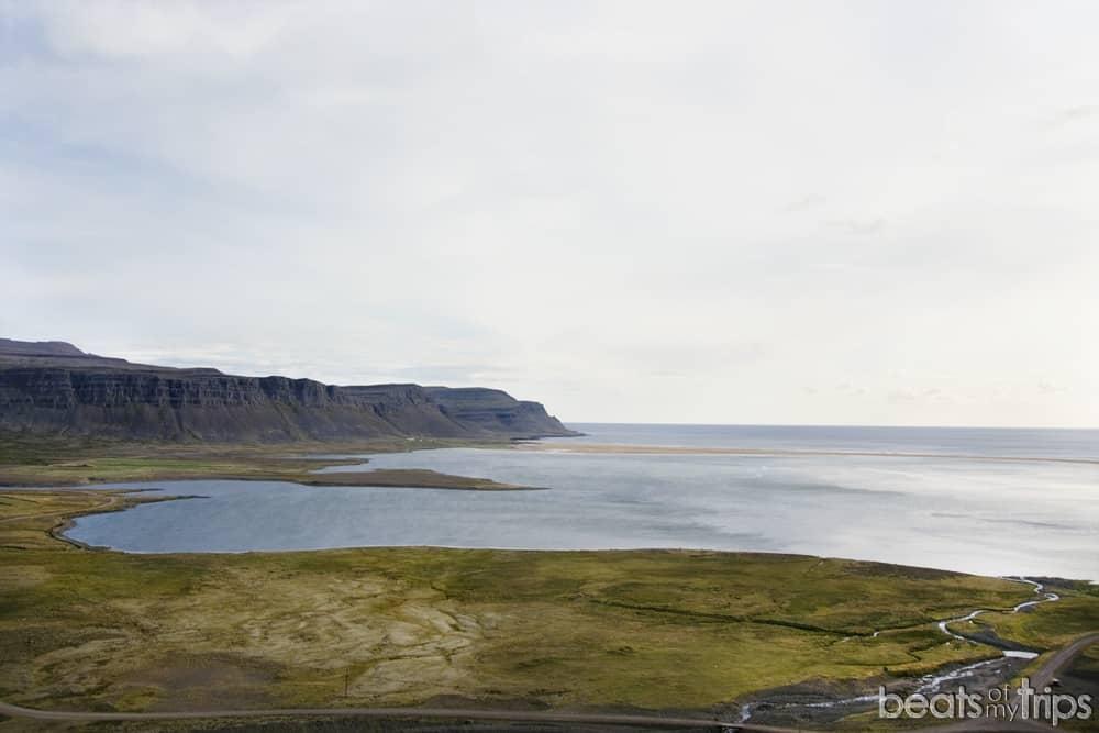 Raudisandur playa arena roja Islandia
