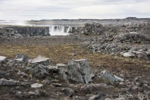 Andando a Selfoss desde el parking