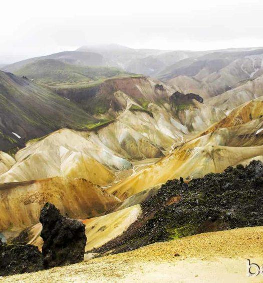 Trekking Landmannalaugar Montañas colores Mapa Islandia