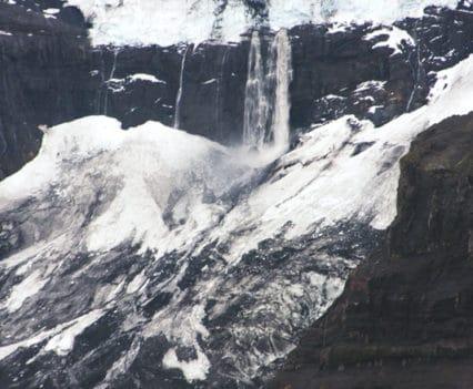 Cascadas Morsarjokull trekking islandia Vatnajokul skaftafell Kristinartindar Svartifoss viajar a Islandia por tu cuenta por libre glaciares