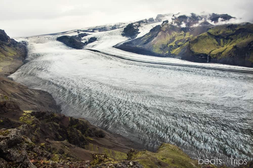 Gláma senderismo en Islandia Vatnajokul skaftafell Kristinartindar Svartifoss viajar a Islandia por tu cuenta por libre