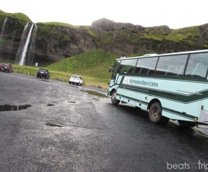 Autobus 4x4 de islandia en Seljalandsfoss