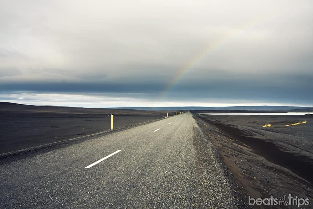 Carretera asfaltada 208 Islandia Landmannalaugar