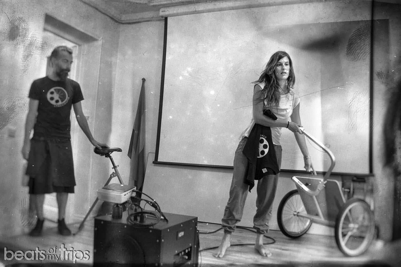 Cinecicleta viaje bicicleta áfrica sostenible cine pedalear