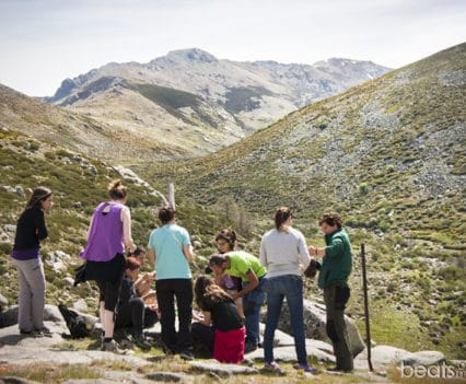 Picnic valle glaciar La Serrá Sierra Tormantos Ruta 4x4 Valle del Jerte Extremadura blog viajes