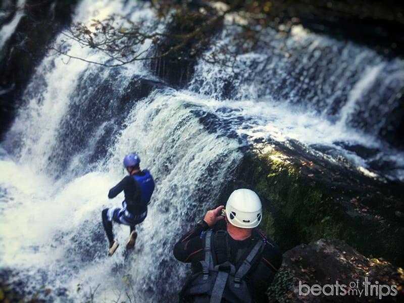 Brecon Beacons parque natural senderismo barranquismo naturaleza actividades Gales aventura