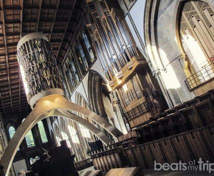 Llnadaff cathedral Gales donde está que ver cardiff viajar a gales