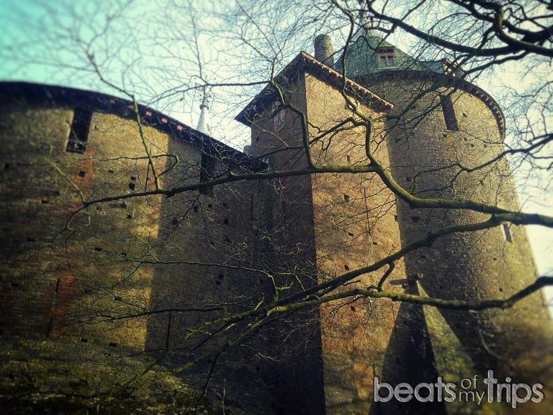 Cardiff Castle Coch como llegar castillo rojo donde gales que hacer turismo