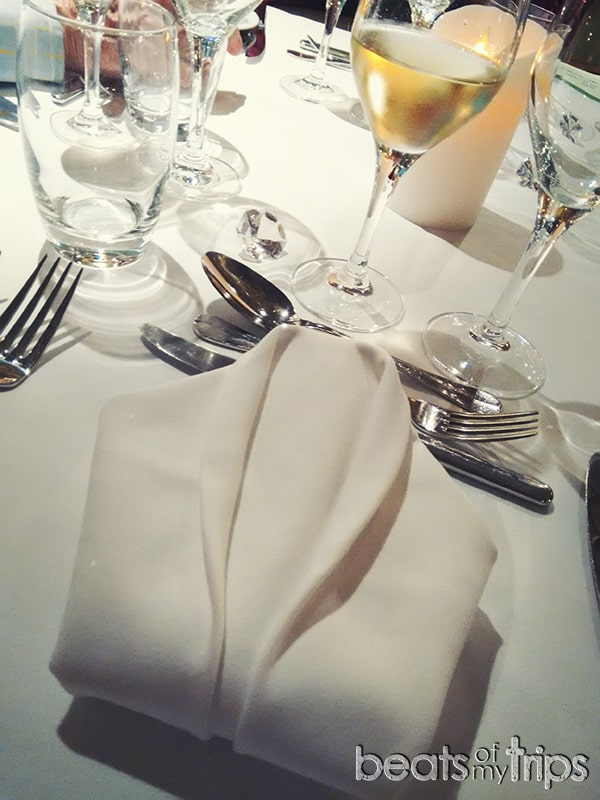 cena gala crucero comer a bordo como es comida crucero hacer turismo cena de gala