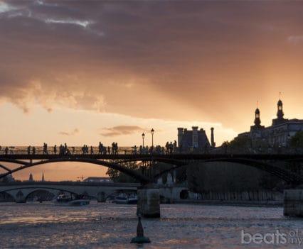 Plaza Vert Galant Ile de Cite Rio Sena puentes atardecer Paris escapada turismo