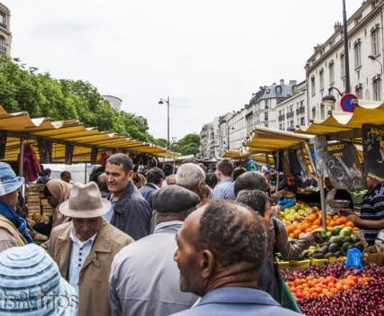Marché Belleville Mercado callejero Paris turismo viajar fin de semana Paris
