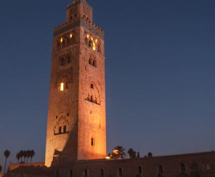mezquita Kutubia alminar Koutoubia que ver Marrakech