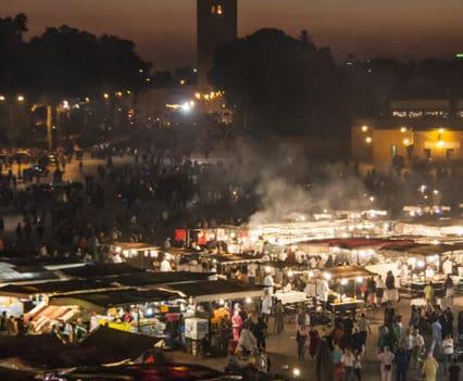 plaza famosa Marrakech restaurantes Jaama el Fna donde tomar algo Marrakech Marruecos