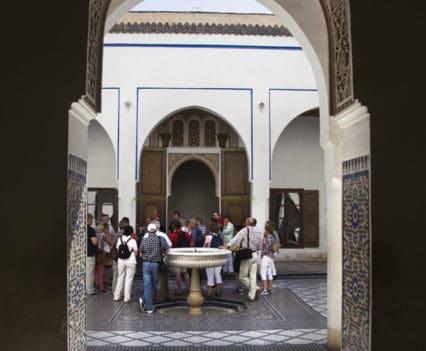 Palais Bahía estuco labrado Marrakech que ver en un dia escapada Marrakech blog