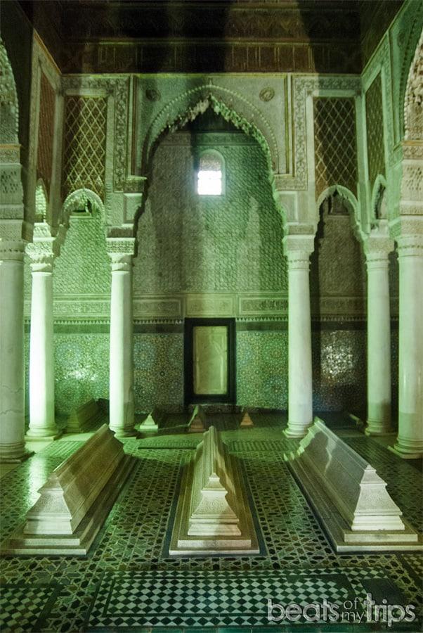 Tumbas Saadies doce columnas Marrakech que ver escapada Marrakech