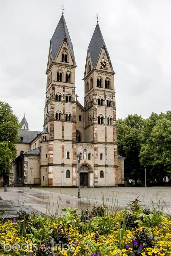 Viaje Coblenza que ver turismo Basilica San Castor Koblenz río Rin desembocadura Mosela Alemania