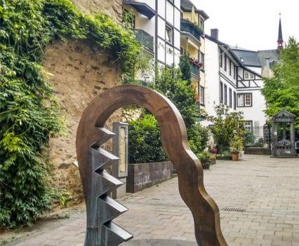 Viaje Coblenza que ver turismo Brunnenhof-Königspfalz casco histórico Koblenz río Rin Mosela Alemania
