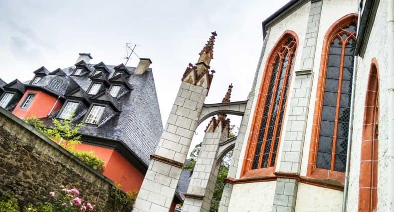 Que ver Coblenza Iglesia Florinskirche plaza Florinsmarkt turismo Alemania Koblenz barco río Rin desembocadura Mosela crucero