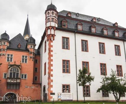 Viaje Coblenza que ver Old Kauf und Danzhaus Schöffenhaus turismo Alemania Koblenz barco río Rin desembocadura Mosela crucero