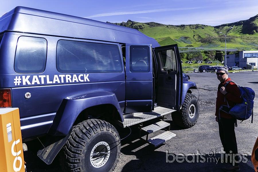 super jeep visitar cueva hielo Islandia qué ver