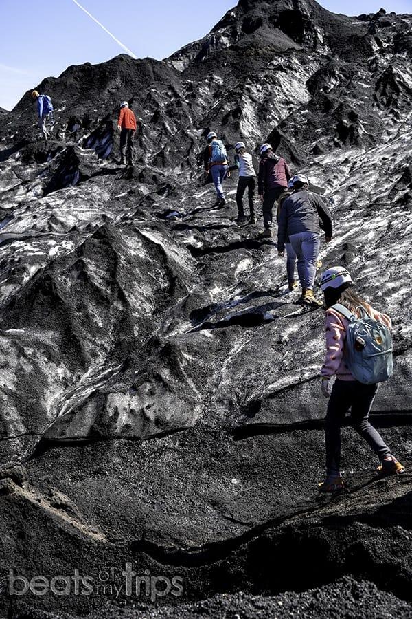 caminar glaciar crampones Katla volcán cueva hielo Islandia qué ver 8 días