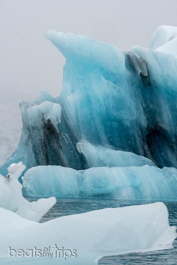 Excursion zodiac jokulsarlon laguna glaciar icebergs Breiðamerkurjökull Parque Nacional Vatnajokull que ver Islandia imprescindibles guia Islandia Iceland