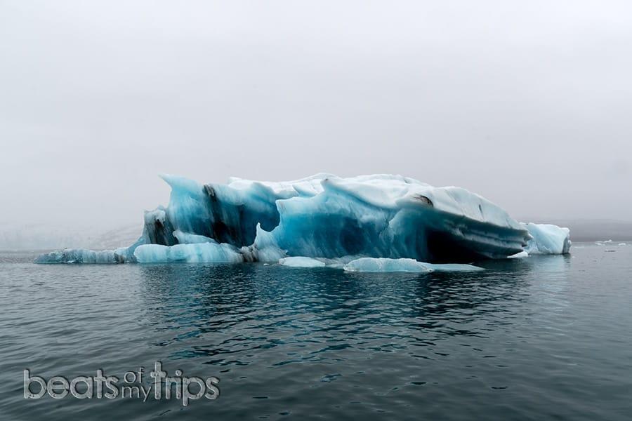 tour zodiac jokulsarlon laguna glaciar icebergs Breiðamerkurjökull Parque Nacional Vatnajokull que ver Islandia imprescindibles guia Islandia Iceland