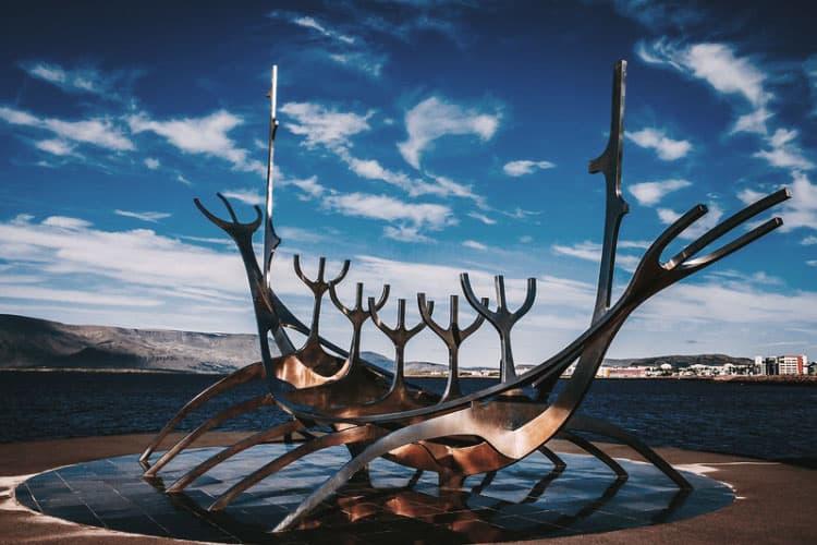 Sólfar Sun Voyager Viajero Sol que ver Reikiavik un día capital Islandia blog viajes