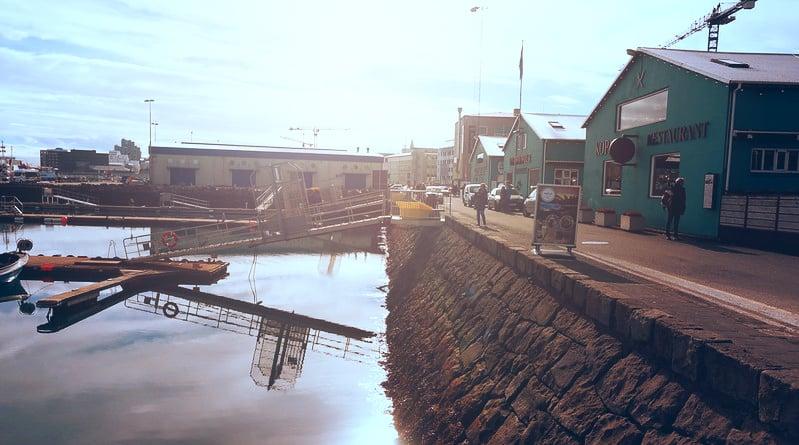 Antiguo puerto Reikiavik restaurantes Islandia Reykjavík Old harbour Iceland