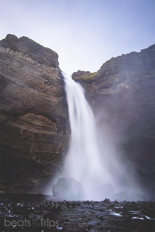 Trekking cañon Cascada Haifoss Háifoss Waterfall Iceland Islandia