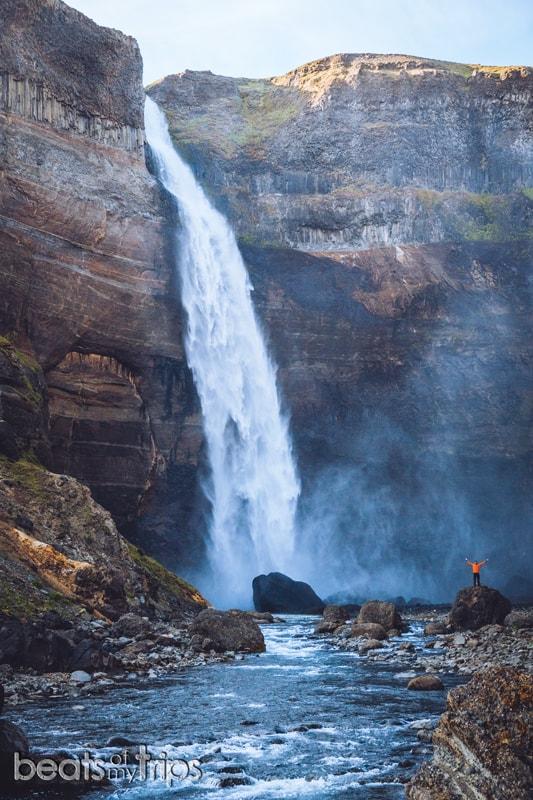 trekking cañón haifoss cascada islandia