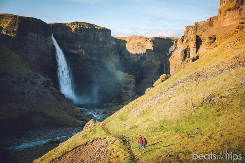Trekking Háifoss Waterfall cascada Haifoss islandia